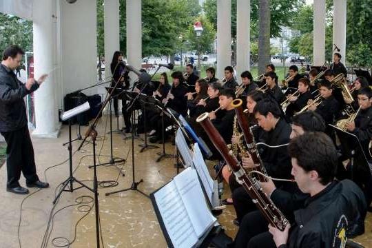 Ensamble De Vientos De Artistas Del Acero Presenta: Concierto Música De Películas
